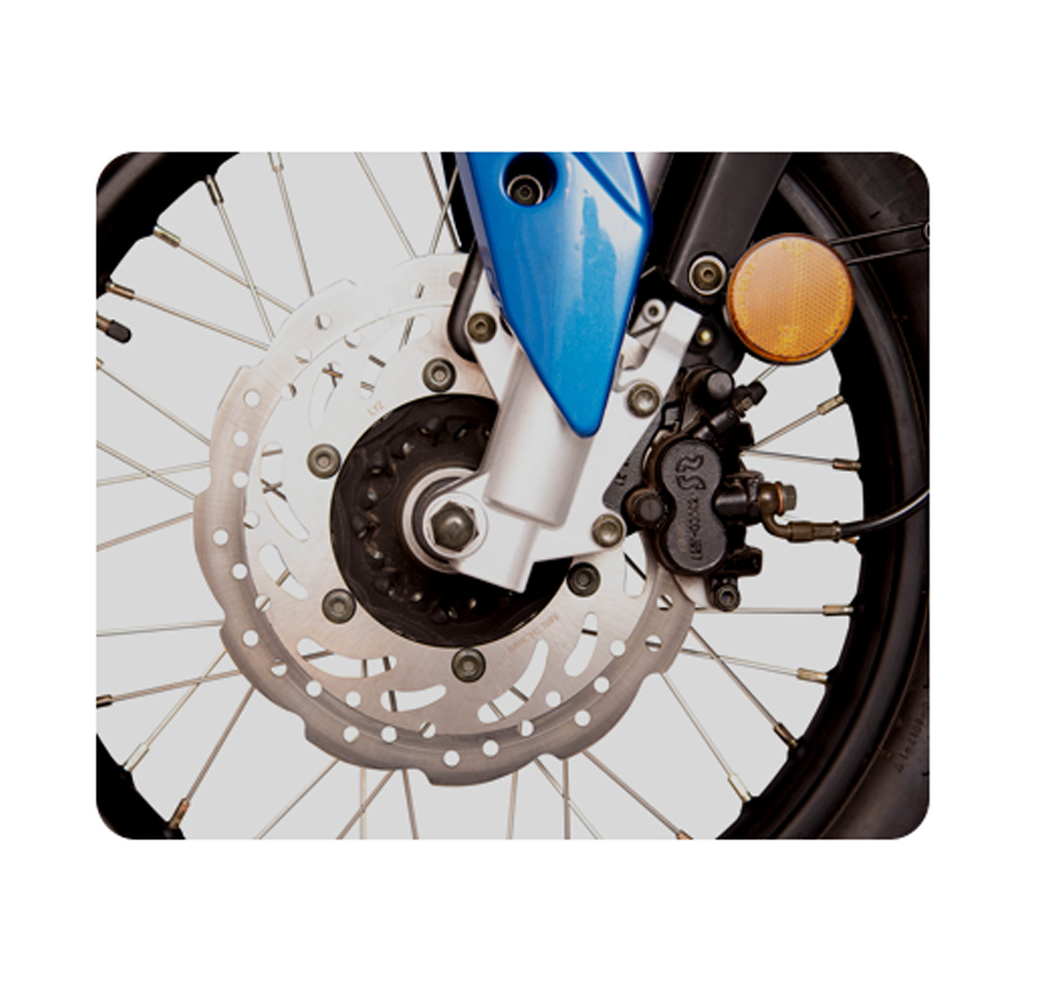 Front & Rear Disc Brakes with Spoke Tyres
